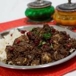 Fesenjan – ein altes persisches Gericht mit Hühnchen und Walnuss-Granatapfel-Sauce