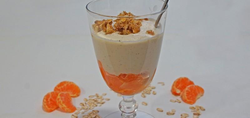 Mandarinen-Ricotta-Creme mit Amaretto und Haferflockenkrokant
