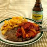 Zigeunersteak mit Letscho und Kartoffelstäbchen